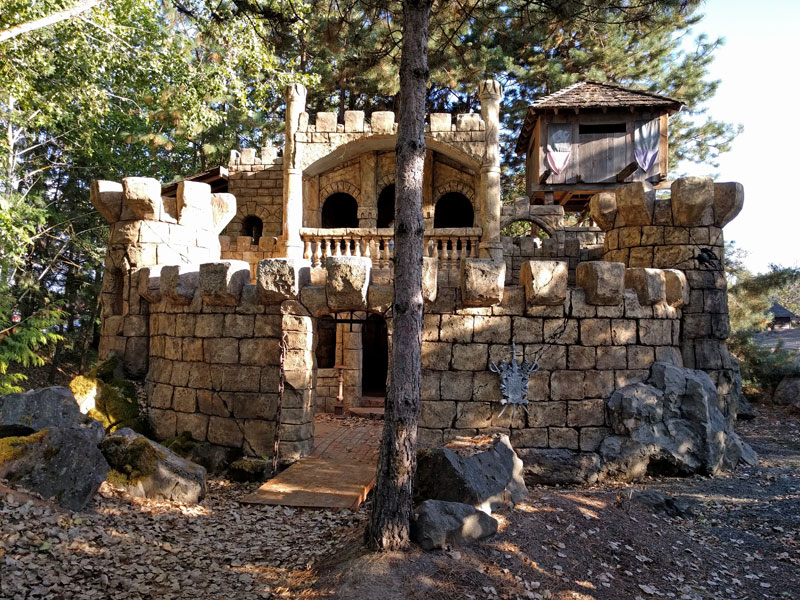 Roloff Farm Castle